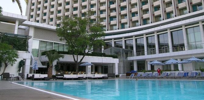 Отель Hilton, Афины
