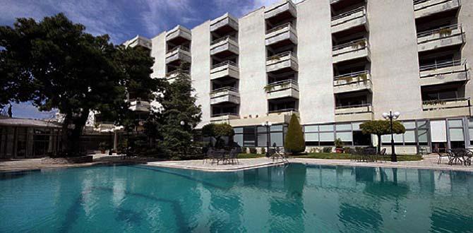Отель Oasis,  Побережье Афин
