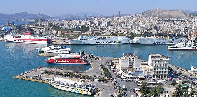 Порт Пирей, Афинское Побережье, Греция